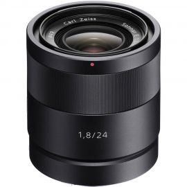 Sony Zeiss Sonnar T* E 24mm f/1.8 ZA